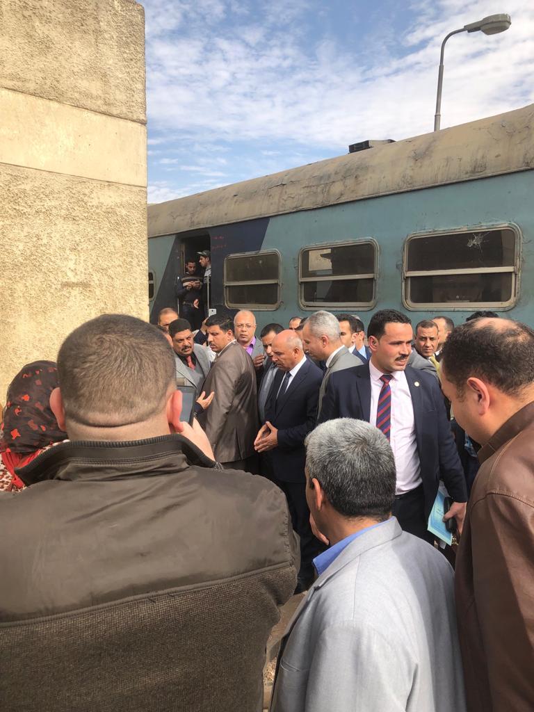 114343-جولة-وزير-النقل-بمحطة-مصر--(15)