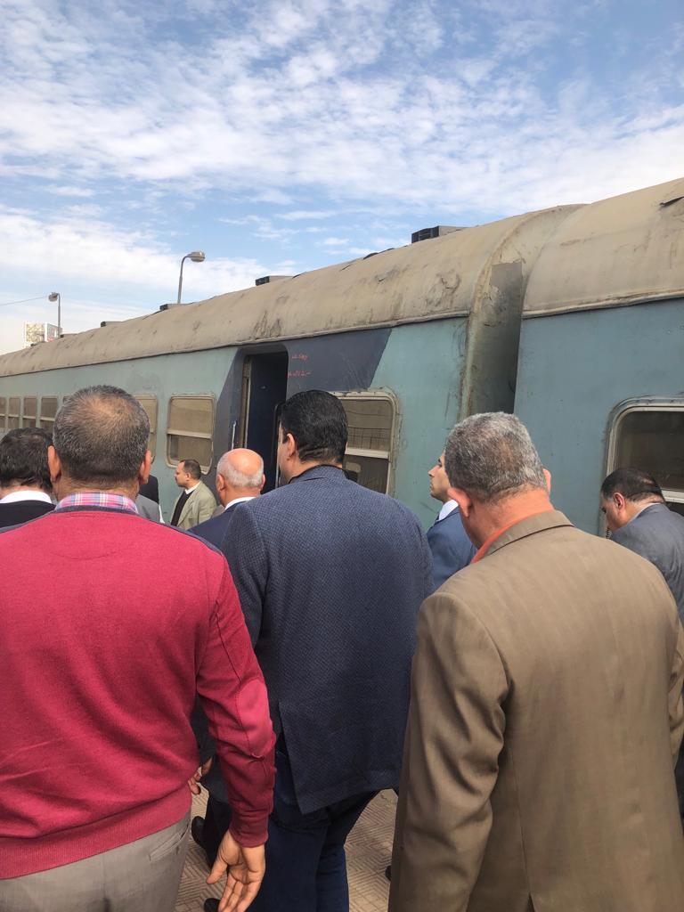 86636-جولة-وزير-النقل-بمحطة-مصر--(13)