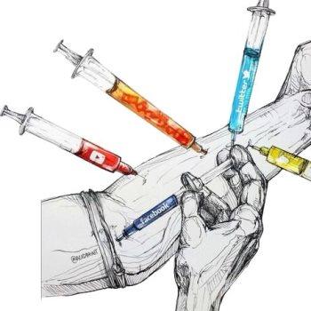 ادمان مواقع التواصل الاجتماعي