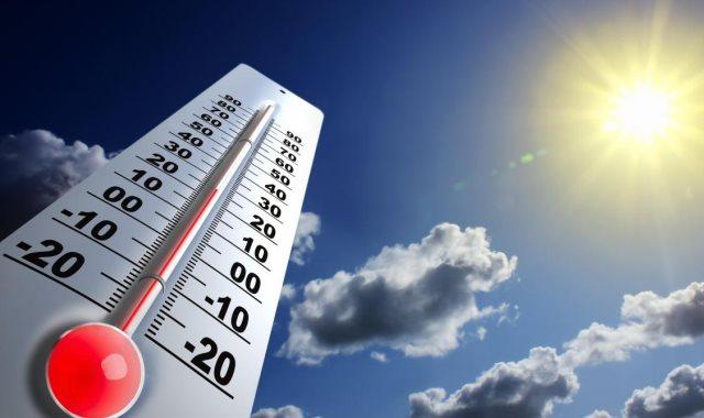 درجات الحرارة المتوقعة اليوم الأحد بمصر والعواصم العربية