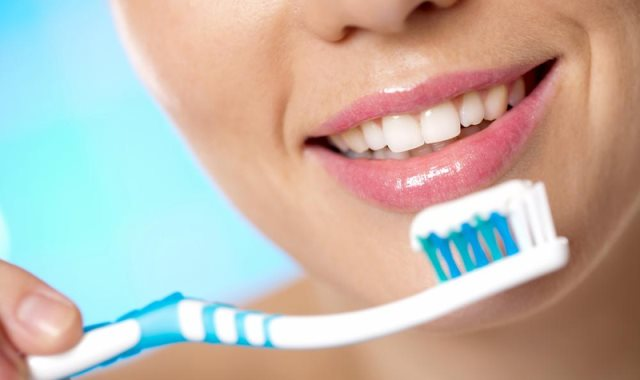 معجون الأسنان