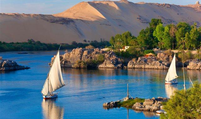 نهر النيل فى أسوان