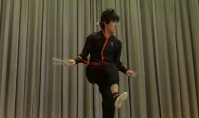 القفز بالحبل
