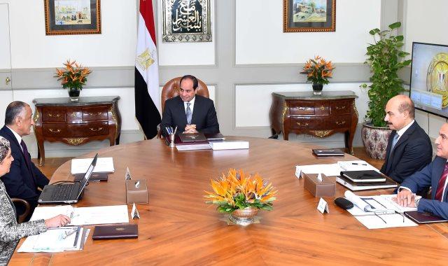 جانب من لقاء الرئيس بمحافظ البنك المركزى