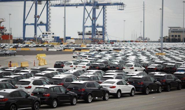 الجمارك تتوقع انخفاض أسعار السيارات وتؤكد العرض والطلب يتحكم