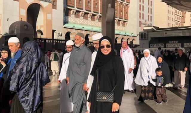 روجينا داخل المسجد النبوي ليلة رأس السنة
