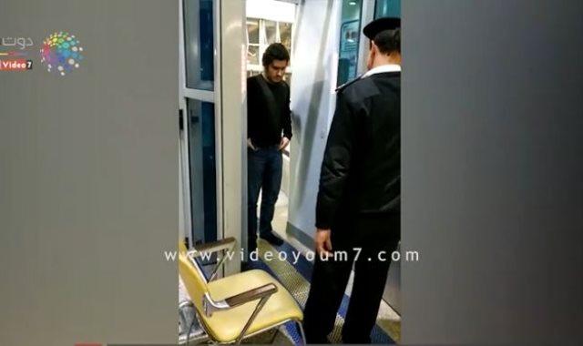 ترحل الألمانى الداعشى عيسى الصباغ من مطار القاهره