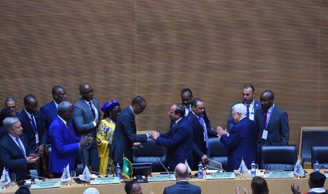 مشاركة الرئيس السيسي في مؤتمر القمة الثلاثي