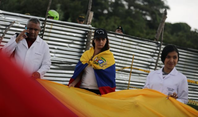 أطباء فنزويلا يحتجون