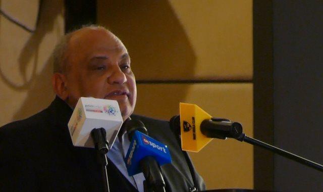 عاصم خليفة رئيس الاتحاد المصرى للاسكواش