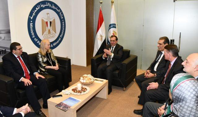 وزير البترول يدعو كبرى الشركات العالمية بالاستثمار داخل مصر