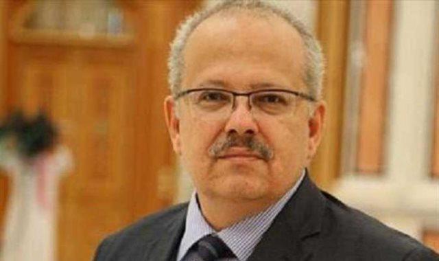 رئيس جامعة القاهرة: تأجيل الامتحانات   كدبة أبريل