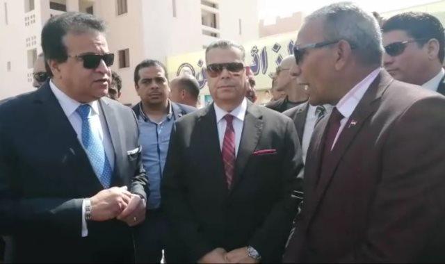 جانب من افتتاح وزير التعليم العالى يفتتح دار الضيافة بجامعة بنى سويف