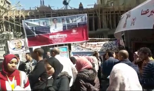جانب من توافد الصحفيين لإجراء انتخابات التجديد