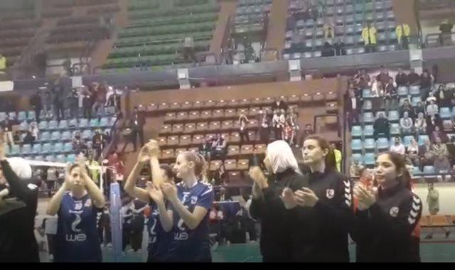 فريق سيدات الكرة الطائرة بالنادى الأهلى
