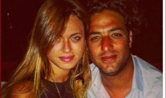 ميدو وزوجته