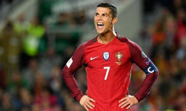 كريستيانو رونالد  وإصابته بمباراة البرتغال ضد صربيا