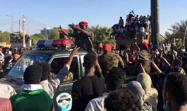 أمام قيادة جيش السودان