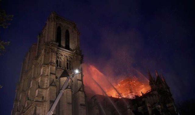 حريق كنيسة نوتردام