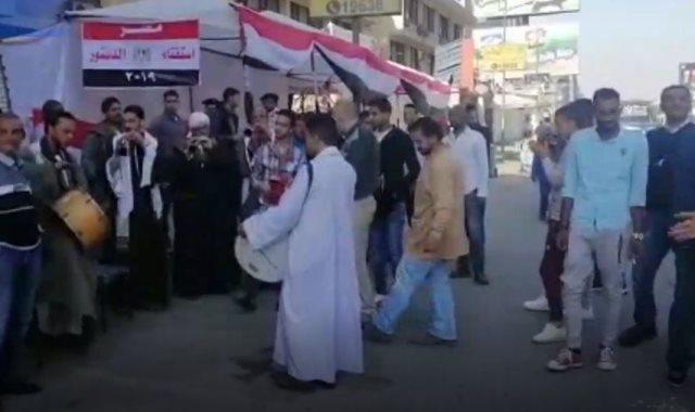 إقبال كثيف ونماذج مشرفة.. اليوم الثاني من الاستفتاء بالقاهرة