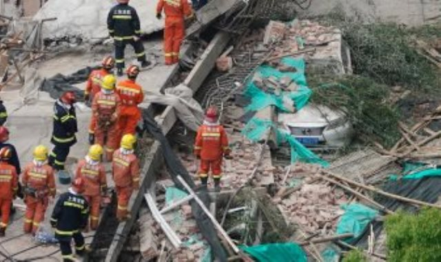 انهيار مبنى فى الصين
