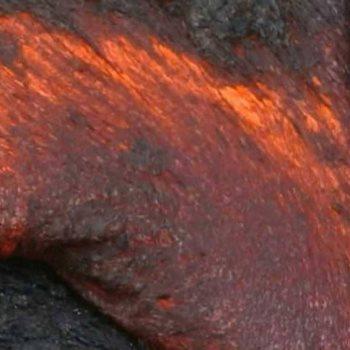 باحثون يتوصلون إلى أسباب انفجار الحمم البركانية