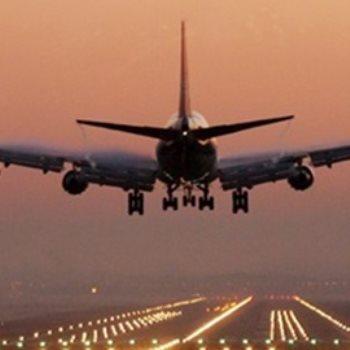 هبوط طائرة اضراريا