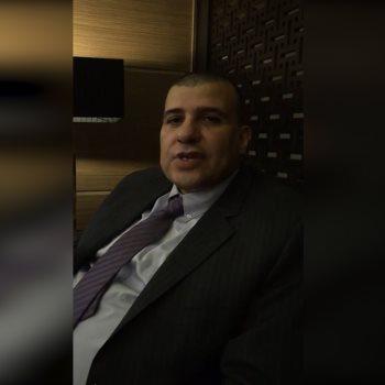 الدكتور علاء الدين حسين الوزير المفوض التجارى بتونس