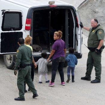 مهاجرين على الحدود الأمريكية