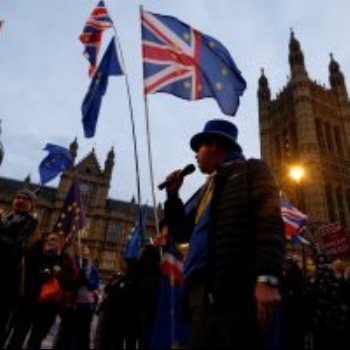 وقفة احتجاجية بمحيط البرلمان البريطانى ضد البريكست