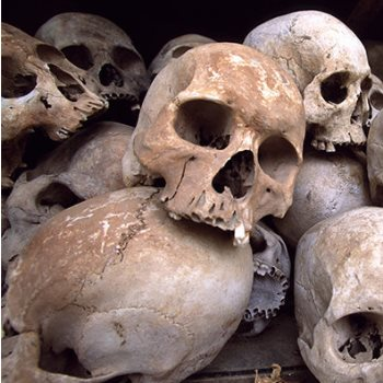 سجن مدى الحياة على شابين متهمين بأكل لحوم البشر