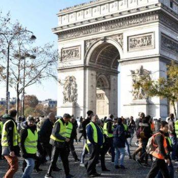 احتجاجات السترات الصفراء - أرشيفية