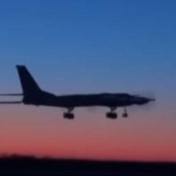 طائرة حربية
