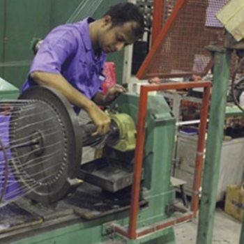 هيكلة مصانع الغزل والنسيج