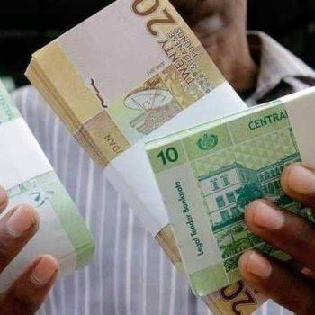 الجنيه السوداني يرتفع أمام الدولار