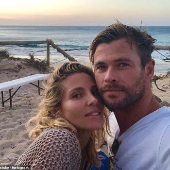 كريس هيمسوورث وزوجته