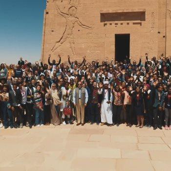 رحلة  السيسى فى معبد فيلة بأسوان رفقة شباب عربى وإفريقى