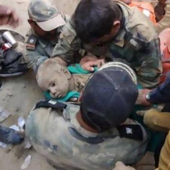 انقاذ طفل