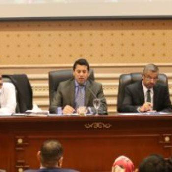 وزير الرياضة فى لجنة الرياضة بالبرلمان