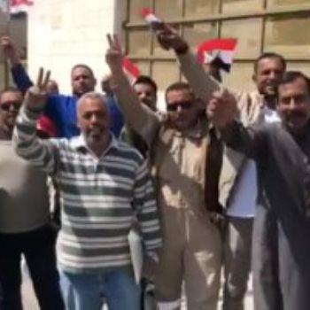 جانب من مشاركة المصريين فى الأردن فى الاستفتاء على الدستور