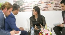 الوزيرة رانيا المشاط تطير إلى بريطانيا لحضور فعاليات بورصة لندن السياحية