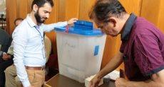 العراقيون في الخارج بدأوا الإدلاء بأصواتهم في الانتخابات البرلمانية العراقية
