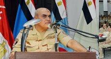 وزير الدفاع يتناول الإفطار مع هيئة التدريس وطلبة الكليات والمعاهد العسكرية