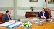 """السيسى يجتمع بـ""""مميش"""" ويوجه بتطوير وتعزيز قدرات هيئة قناة السويس"""