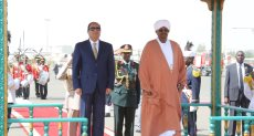 الرئيس السيسى ونظيره السودانى عمر البشير