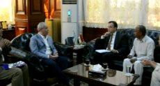 اجتماع محافظ الأقصر ومدير المعهد الفرنسى بالقاهرة