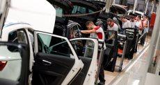 خفض جمارك السيارات الأوروبية