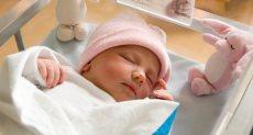طفل مولود حديثا