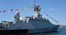 """أحدث سفينة صواريخ روسية مزودة بـ""""كاليبر"""" تدخل البحر الأسود"""