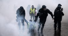 """اعتقال 481 شخصا من متظاهري """"السترات الصفراء"""""""